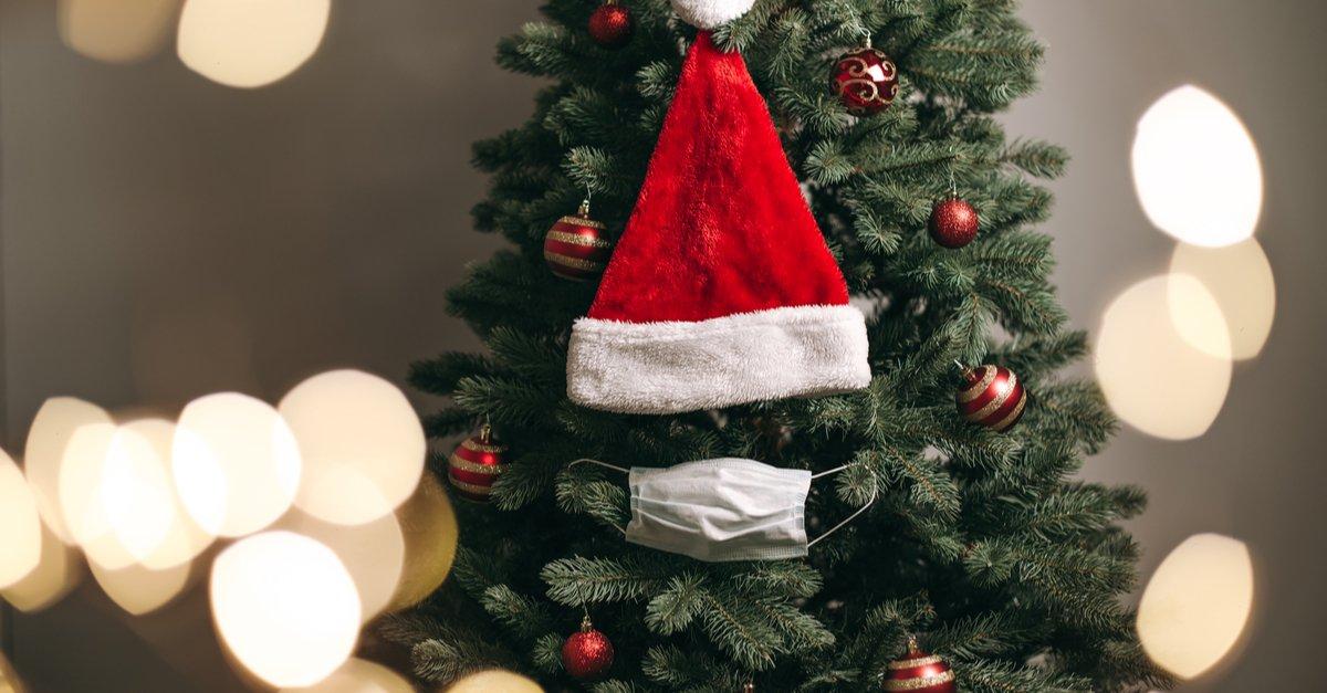 christmas-tree-covid-mask-img (1)